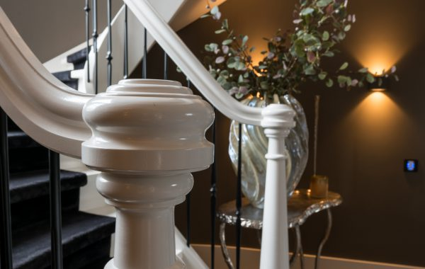 TRAP DETAILS: BALUSTERS